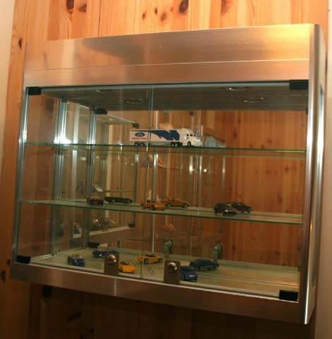 Model collectors cabinet