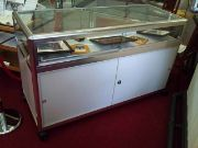 Aluminium framed display counter