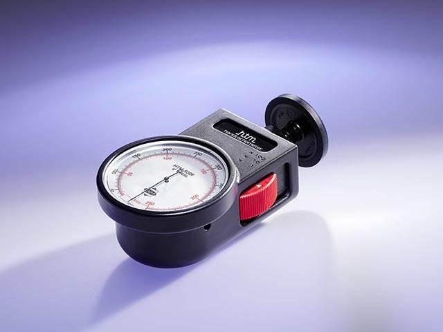 Handheld Tachometers in metric and imperial