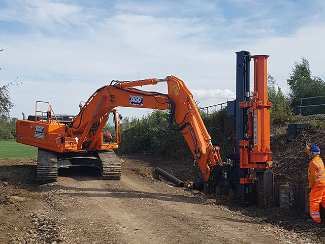 INPIEQ Piling Equipment