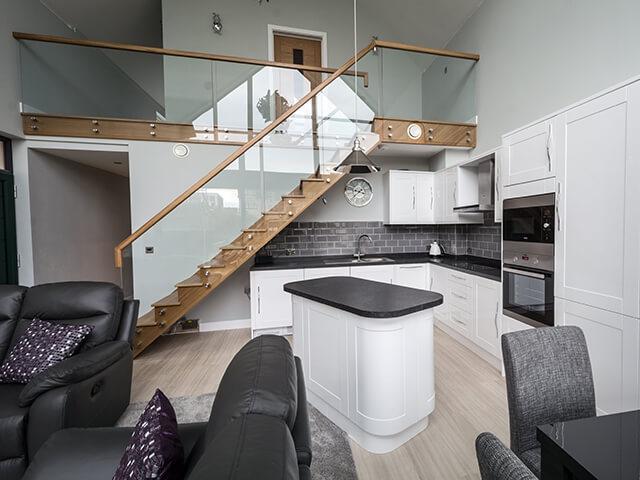 Custom Glass Staircases