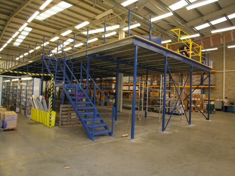 Mezzanine floor installed by RACKING UK