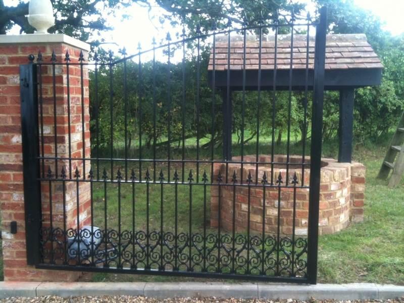 Bespoke design for automatic gates