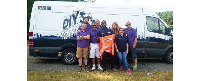 ELLIOTT AGAIN SUPPORTS BBC ONE SERIES DIY SOS