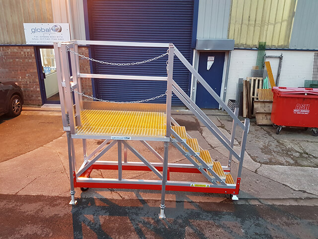 Cantilever Access Steps