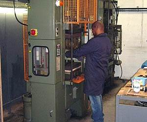 Transfer moulding operation