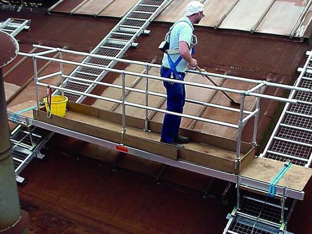 Rolling Platform For Fragile Roofwork