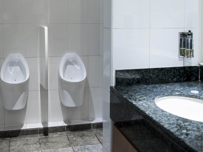 Dartford Hilton Goes Waterless with Urinals From The Rodin Group.