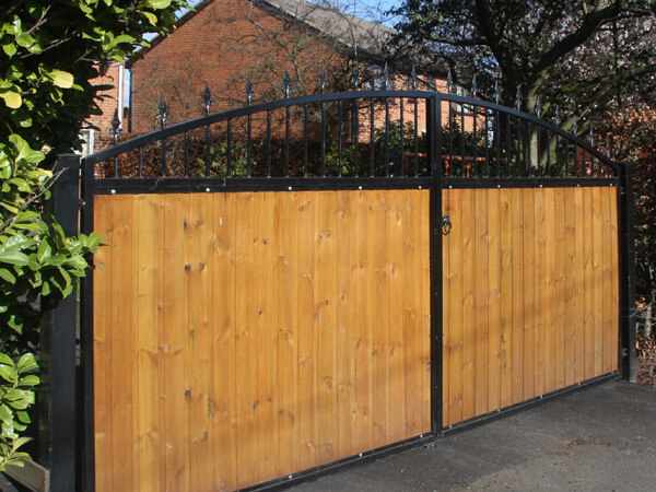 Commercial Automatic Driveway Gates