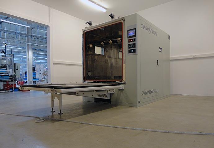Airbag Test (Flip Door)