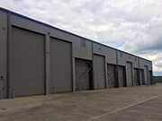 7.6m Goosewing Grey Shutters