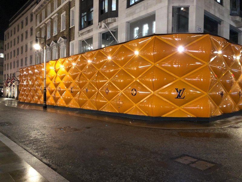 The King of Building Hoardings at LOUIS VUITTON - New Bond Street