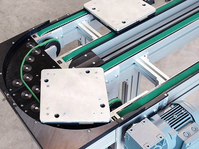 Versamove Transfer System Boasts New Compact Curve