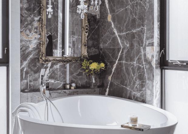 superluxe bathroom