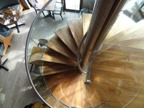 Spiral Staircase Manufacturers