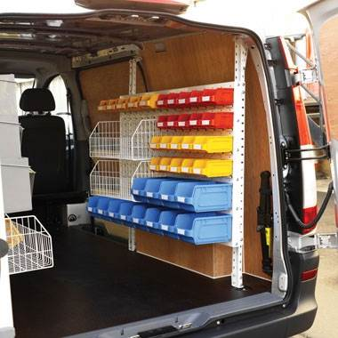 Van kit static with accessories