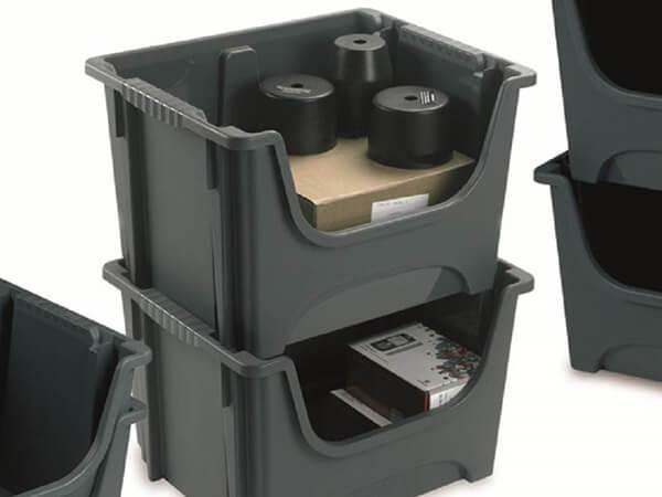 Plastic warehouse picking boxes