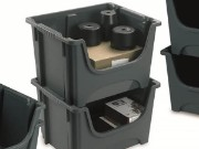 Plastic warehouse picking boxes