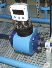 Custom flowmeter with flanges,